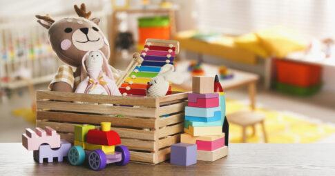 メルカリで売れるおもちゃとは?出品して賢く利益を出すコツも解説